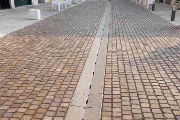 italien-brescia-weg119DFCEA-6479-0B43-BD92-9F6AFDF08E0B.jpg